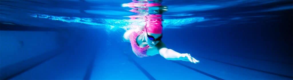 Borstcrawl oefening voor triatleten en open water zwemmers. Wordt sneller door deze oefening veel te doen in het zwembad. Techniek oefening voor de borstcrawl.
