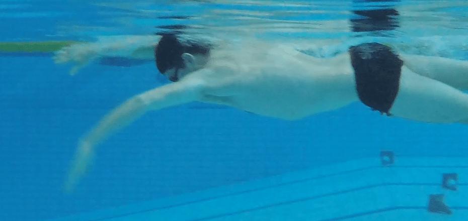 BC borstcrawl triatlon zwemmen open water catch doorhaal sneller beter soepeler trainen beter worden
